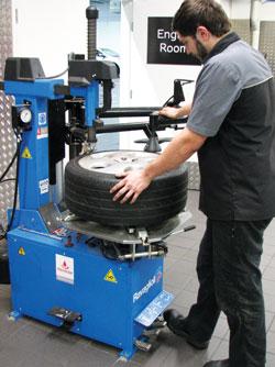 wheel_servicing